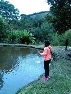 Pescando en el Restaurante Río Blanco