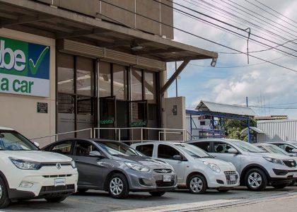 La compañía local más grande de alquiler de carros en Costa Rica