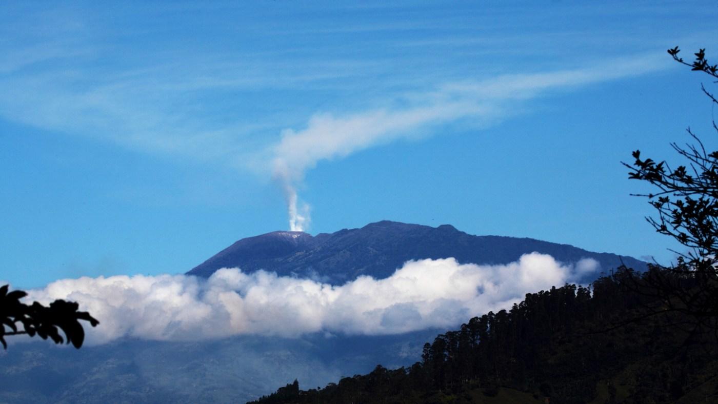 volcan turrialba costa ruica
