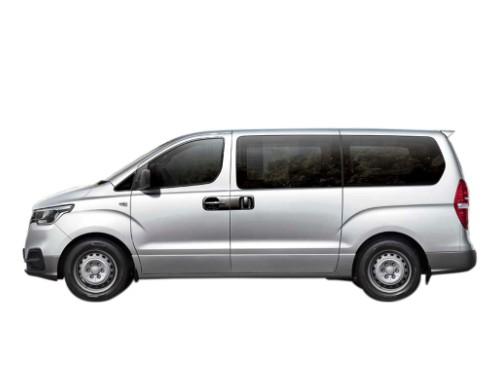 Rentar Minivan AT