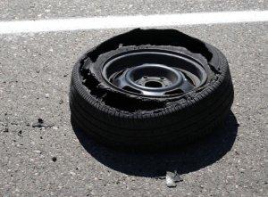 Verificar daños en el neumático