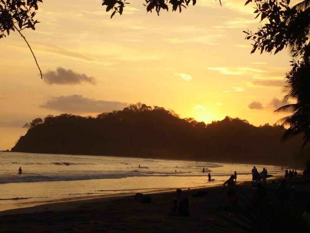 playa samara guanacaste liberia costa rica