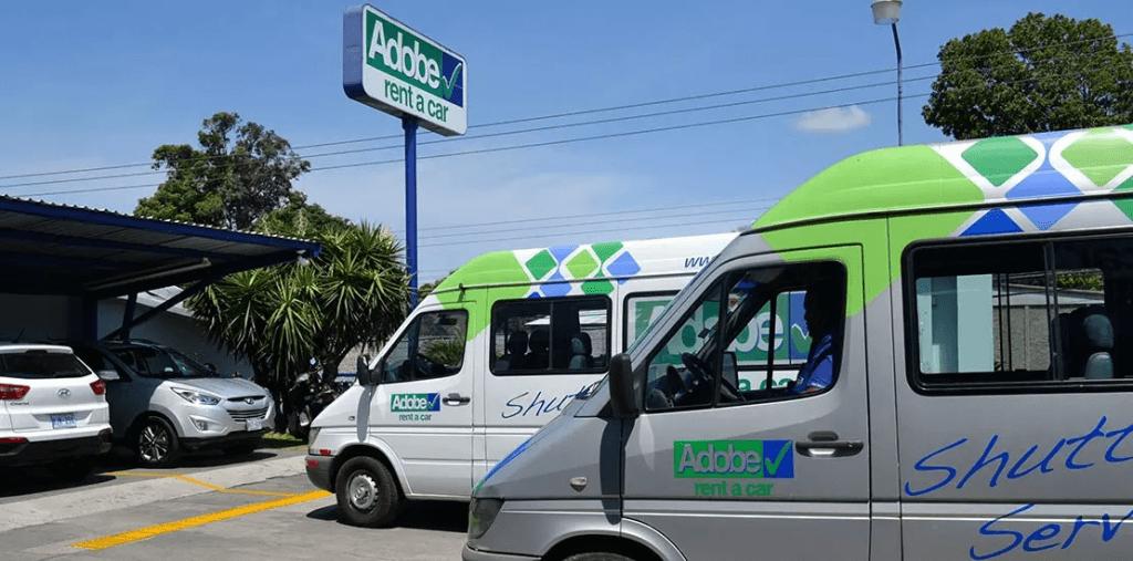 Servicio de shuttle con Adobe Rent a Car